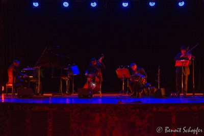 Tango Sonos on stage